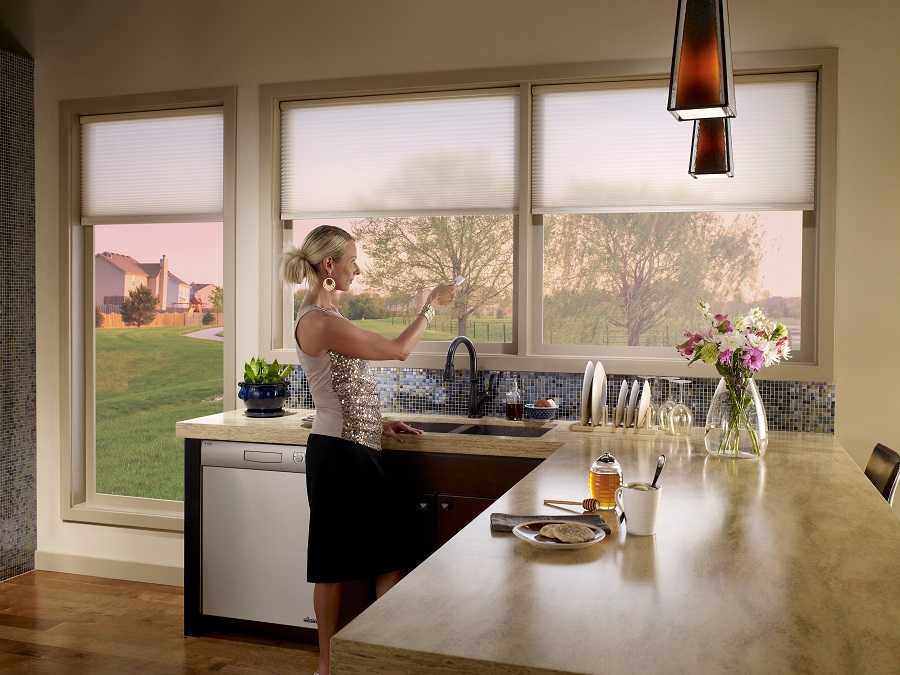 How You Can Easily Add Motorized Blinds to Your Home